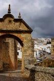 Ворот Ronda города Puerta de Felipe V историческое, Испания Стоковое Изображение