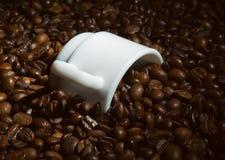 ворох s чашки кофе coffeebean Стоковые Фотографии RF