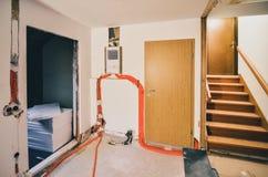 Восстанавливающ и отстраивающ заново интерьер домашних дома или квартиры стоковые изображения rf