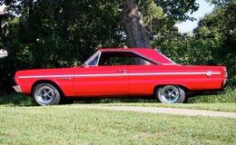 Восстановленный классический седан двери красного цвета 2 Стоковая Фотография RF