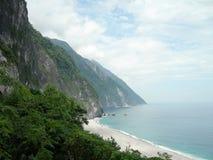 Восток Тайваня и Тихий океан участок горы Стоковые Изображения