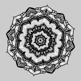 Восточная картина с мандалой, иллюстрацией Округленная мандала с серой предпосылкой Орнаментальная роскошная мандала Стоковые Фотографии RF