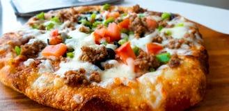 Восточная пицца, Дубай стоковое изображение