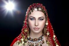 Восточная стильная женщина Стоковое Изображение