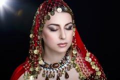 Восточная стильная женщина Стоковые Фотографии RF