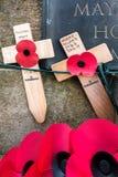 ВОСТОЧНОЕ GRINSTEAD ЗАПАДНОЕ SUSSEX/UK - 13-ОЕ НОЯБРЯ: Маки на войне Стоковое Изображение