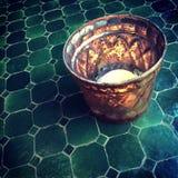 Восточное tealight украшая таблицу Стоковое фото RF