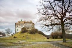 Восточно - европейский средневековый замок стоковое фото rf