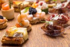 Восхитительный выбор роскошной закуски стоковое фото
