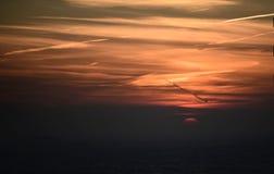 Восходящее солнце через морской слой стоковое изображение