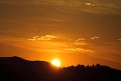 восход солнца весны горы Стоковые Фото