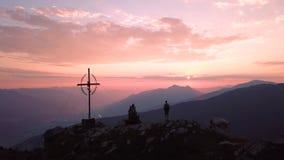 Восход солнца в австрийском альп сток-видео