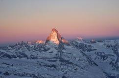 Восход солнца в Маттерхорне стоковые изображения