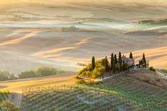 Восход солнца в тосканской сельской местности, Италии Стоковая Фотография RF