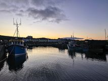 Восход солнца гавани Rathlin стоковые изображения rf