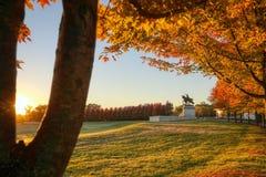Восход солнца и листопад на холме искусства, Сент-Луис, Миссури стоковое изображение rf