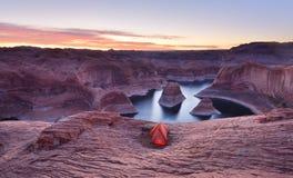 Восход солнца каньона отражения, озеро Пауэлл, Юта Стоковая Фотография RF