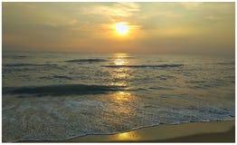 восход солнца моря 3d стоковое изображение rf