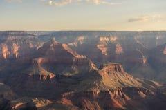 Восход солнца над грандиозным каньоном Стоковое Изображение