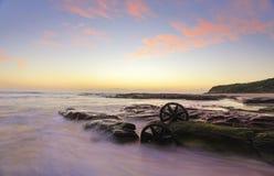Восход солнца над пляжем Windang Стоковые Изображения
