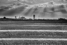 Восход солнца над угольной шахтой Стоковые Изображения