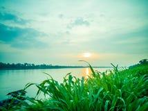 Восход солнца на Меконге, Таиланде стоковая фотография