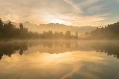 Восход солнца на национальном парке Новой Зеландии кашевара держателя Aoraki озера Mathson Стоковое Изображение