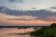 восход солнца на озере Стоковые Фото
