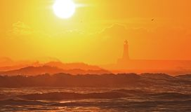 Восход солнца на пляже Tynemouth стоковые фото