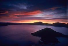 восход солнца озера кратера Стоковое Изображение