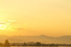 восход солнца озера предпосылки Стоковая Фотография RF