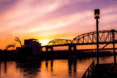 Восход солнца Река Cumberland Нашвилл TN 04/02/2018 стоковые фото