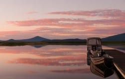 восход солнца стыковки шлюпки Стоковое Изображение