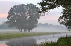 Восход солнца с туманом утра. Стоковые Фотографии RF
