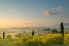 восход солнца tuscan холмов Стоковая Фотография RF
