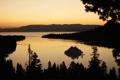 восход солнца изумруда залива Стоковые Фото