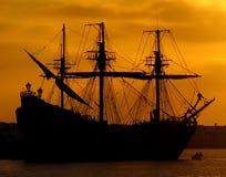 восход солнца корабля пирата Стоковое фото RF