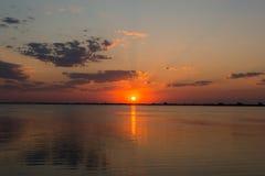 Восход солнца ландшафта над морем Стоковое Фото