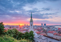 Восход солнца в Братиславе, Словакии Стоковая Фотография