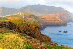 Восход солнца в горах и океане на острове Мадейры, Португалии Стоковые Фото