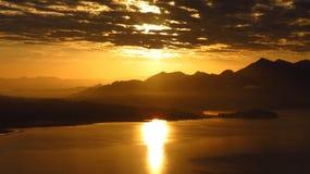 Восход солнца в озере Стоковое Фото