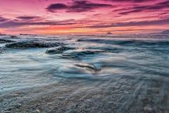 Восход солнца в северо-восточном побережье Тайваня Стоковое Изображение RF