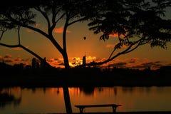 Восход солнца и воздушный шар Стоковые Фото