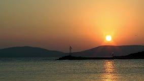 Восход солнца и маяк акции видеоматериалы