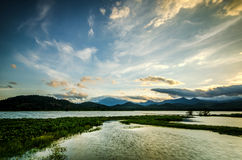 Восход солнца и озеро Стоковое Изображение