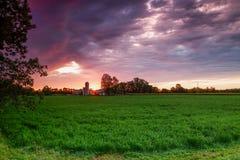 Восход солнца и Farm& x28; Пэрри Sound& x29; Стоковые Изображения RF