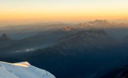 Восход солнца Монблана стоковые изображения