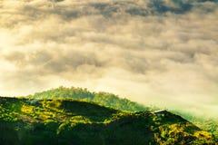 Восход солнца на верхней части вулкана Batur горы/Бали, Индонезии Стоковая Фотография