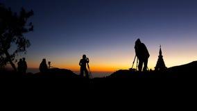 Восход солнца, на верхней части горы стоковое фото