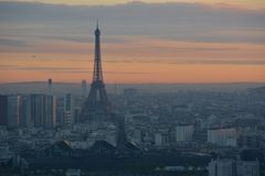 Восход солнца на верхней части Парижа Стоковое фото RF